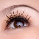 Qué herramientas son necesarias para depilar adecuadamente las cejas