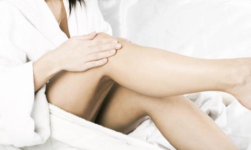 Preparar la piel de las piernas para la depilación
